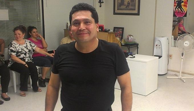 Salsa Rueda instructor