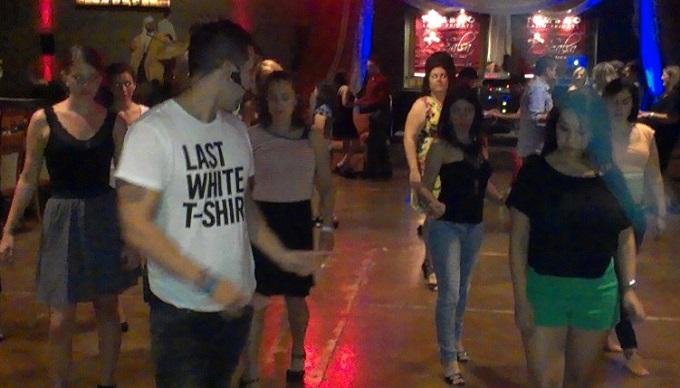 salsa dancing lesson mijana